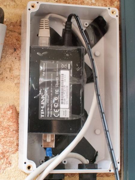 TP-LINK PoE splitter model TL-POE10R